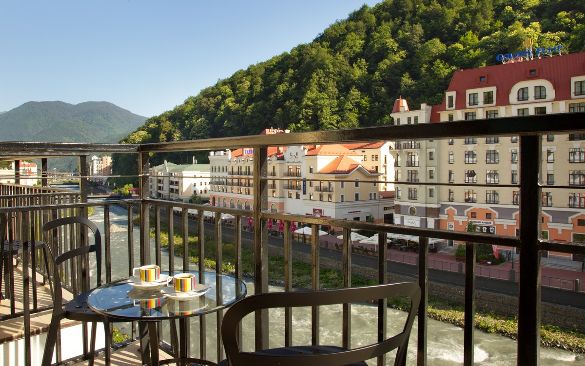 Park Inn by Radisson Rosa Khutor (Парк Инн Рэдиссон Роза Хутор)